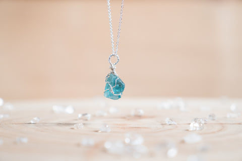 Apatite dainty necklace // Sterling silver