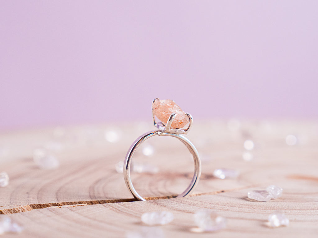 Sunstone Hera ring | Sterling silver
