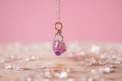 Amethyst dainty necklace // 14k rose gold fill