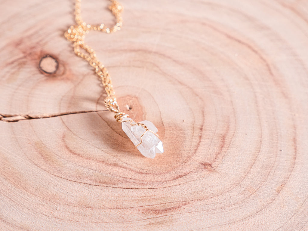 Clear Quartz dainty necklace |14k yellow gold fill