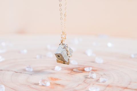 Pyrite dainty necklace || 14k gold fill