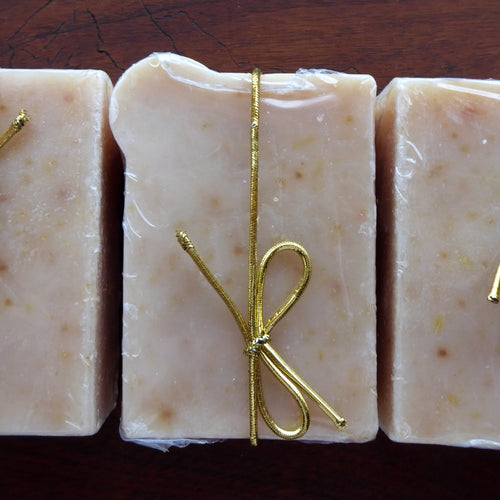 Garden Herb and Oatmeal Kinder Goat Milk Soap