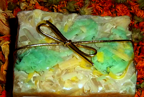 Lemongrass & Comfrey Kinder Goat Milk Soap