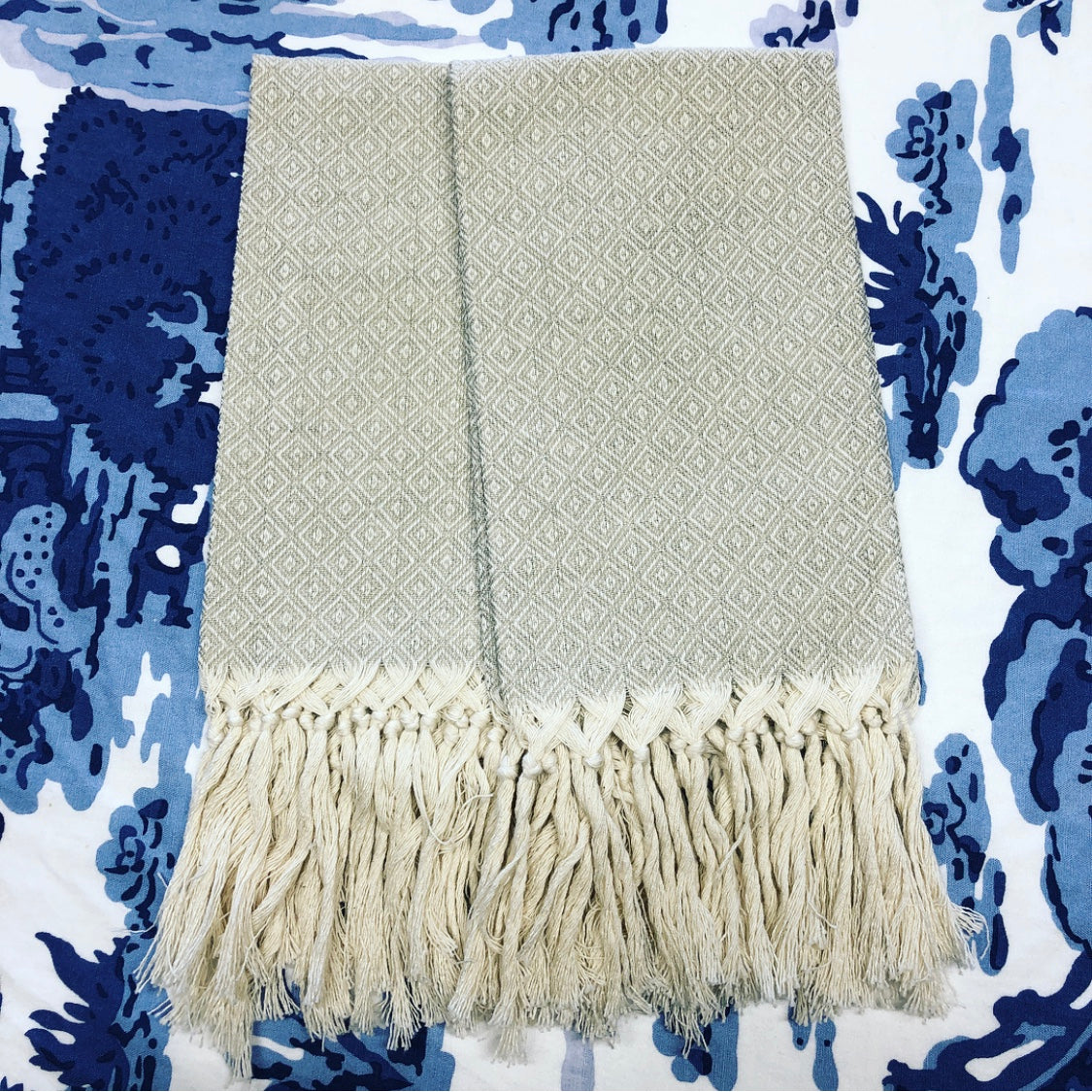 Pienza Guest Towel with Fringe - Sand