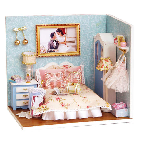 Spilay Dollhouse Miniature with Furniture,DIY Dollhouse Kit with Dust Cover and Music Box,1:24 Scale Creative Room Toys Birthday for Women and Girls(Happy Moment) H010