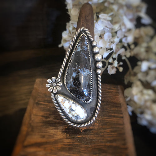 Agate and White Buffalo Ring