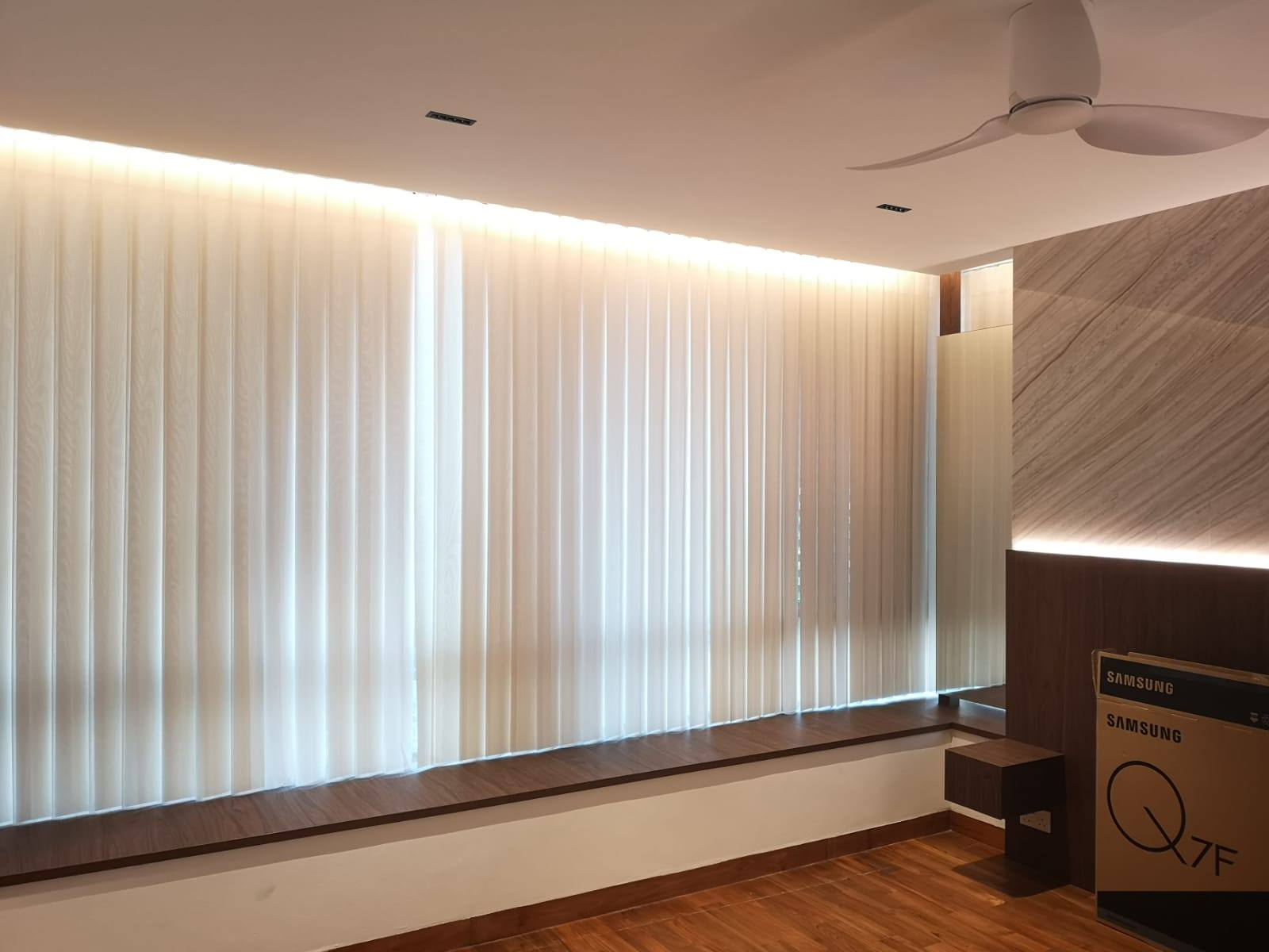 Why is a Smart Curtain better than a traditional one?