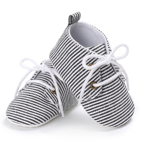 Handsome Soft Soled Striped Lace Up Shoes