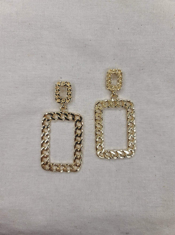 Gold Chain Rectangle
