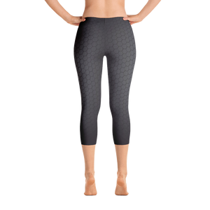 Dark Hex Pattern Capri Leggings - Spgetti