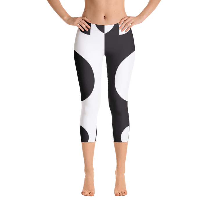Black and White Circle Design Capri Leggings - Spgetti