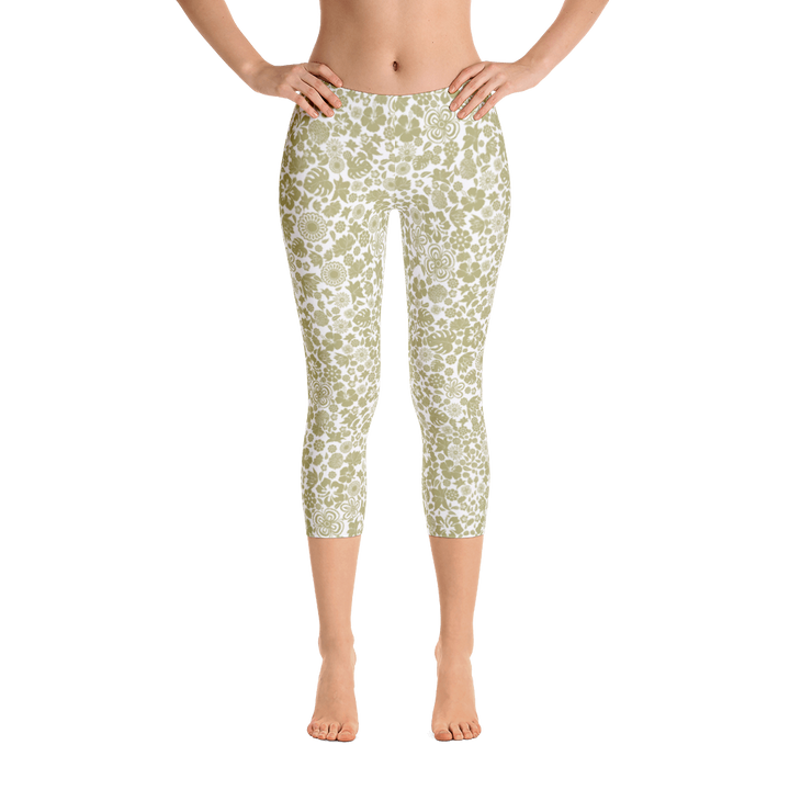 Multiple flower Pattern on White Yoga Capri Leggings - Spgetti