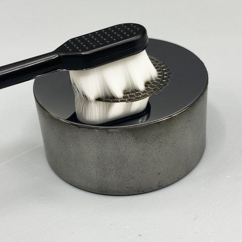 Silky Cleaning Brush Working