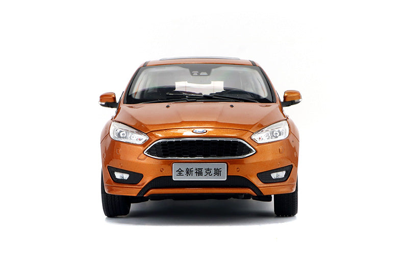 Original factory Ford 1:18 All new Ford Focus 2015 White/orange diecast car model with small gift