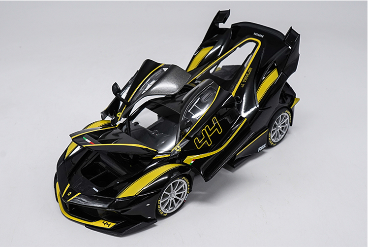 Original factory authentic 1:18 Bburago Ferrari FXX K Sport Racing Car diecast metal car model with small gift