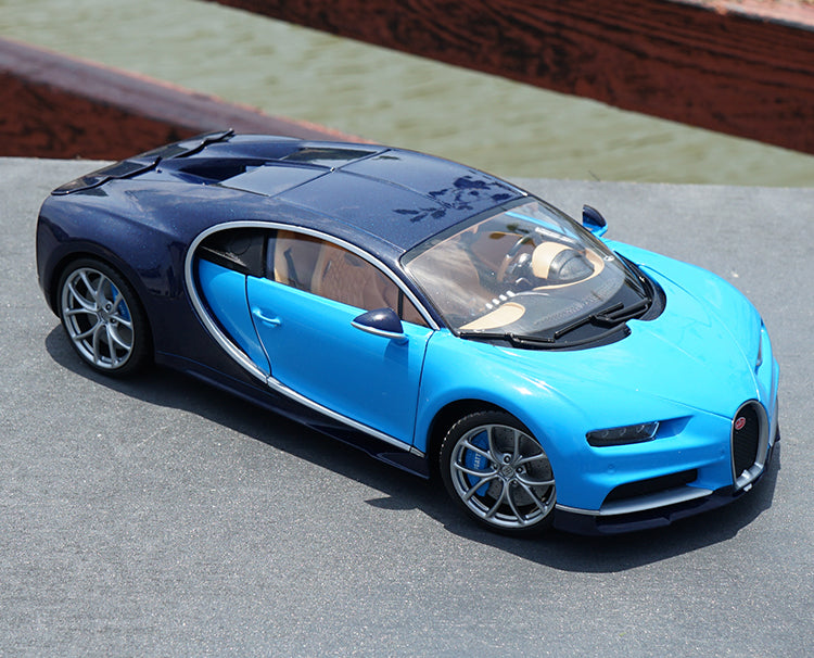 Original factory authentic 1/18 Bugatti Chiron Welly GTAUTOS metal super car collective models for gift