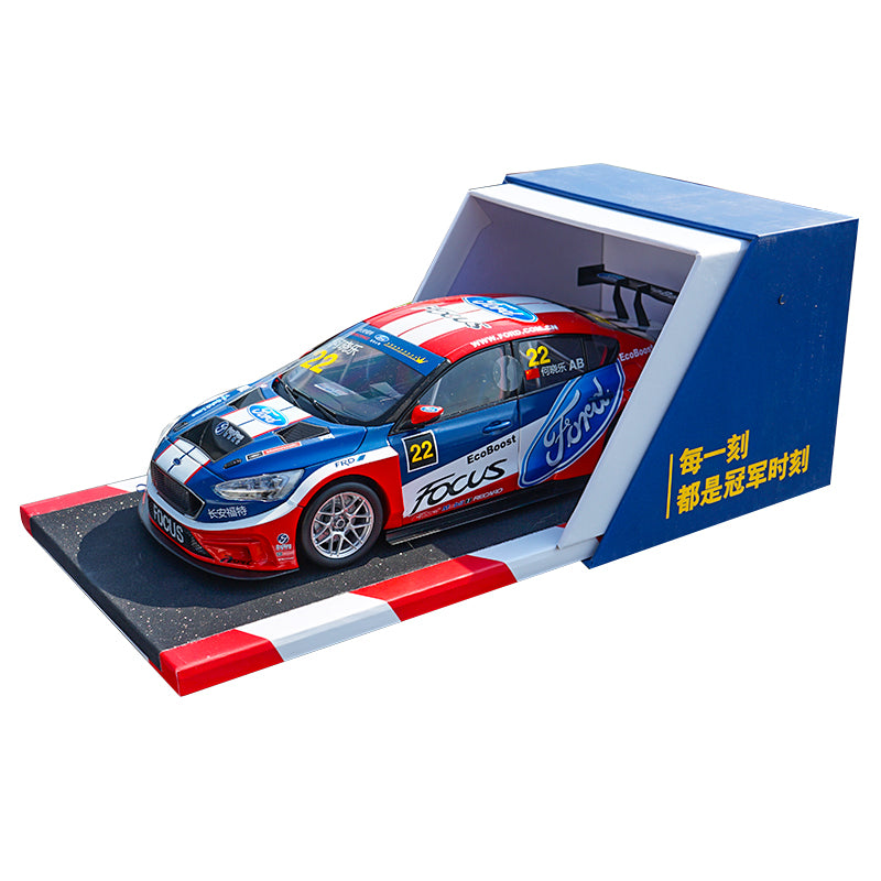 1:18 Ford Focus 2019 Racing car model with small gift