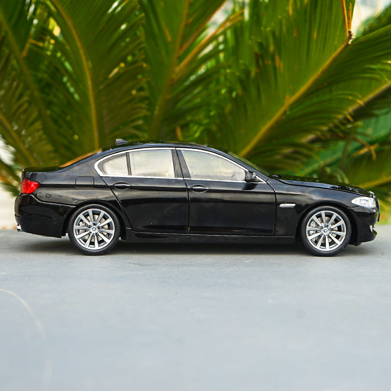 1:18 GTA BMW 5 SERIES 535i BMW 535 DIE-CAST CAR MODEL