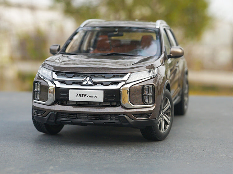Original factory authentic 1:18 Gac Mitsubishi Jinxuan ASX 2020 diecast car model for toys, gift, collection