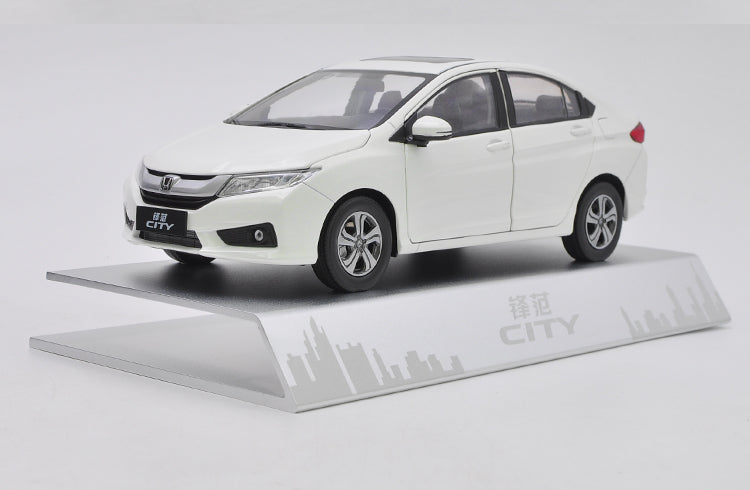 Original factory authentic 1:18 HONDA CITY 2015 version diecast car model with small gift