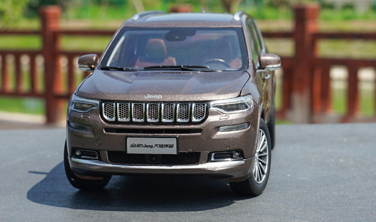 Original factory authentic 1/18 Jeep Grand Commander GAC Fiat Chrysler Diecast JEEP Metal SUV Car Model with small gift