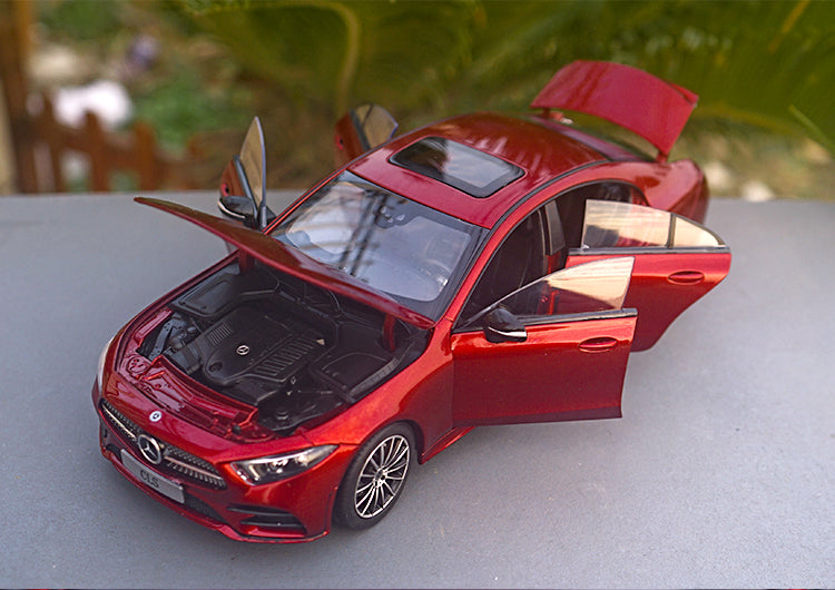 1:18 NOREV MERCEDES BENZ Mercedes CLS 2018 Die Cast Model with small gift