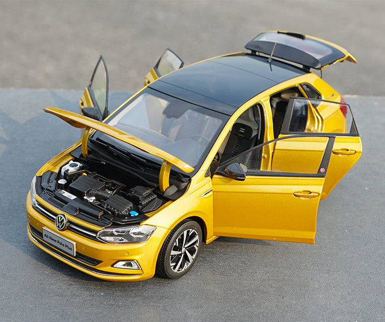 1:18 Original Volkswagen All New Polo Plus car model with small gift