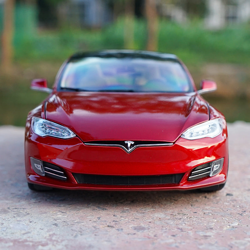 Original factory authentic 1/18 TESLA MODEL S P100D diecast car model for collection