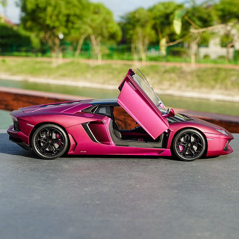 1:18 Welly FX Lamborghini Aventador LP700-4 Diecast Car Model with small gift