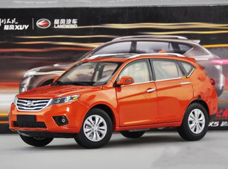 Original factory authentic 1:18 land wind New X5 SUV diecast car models with small gift