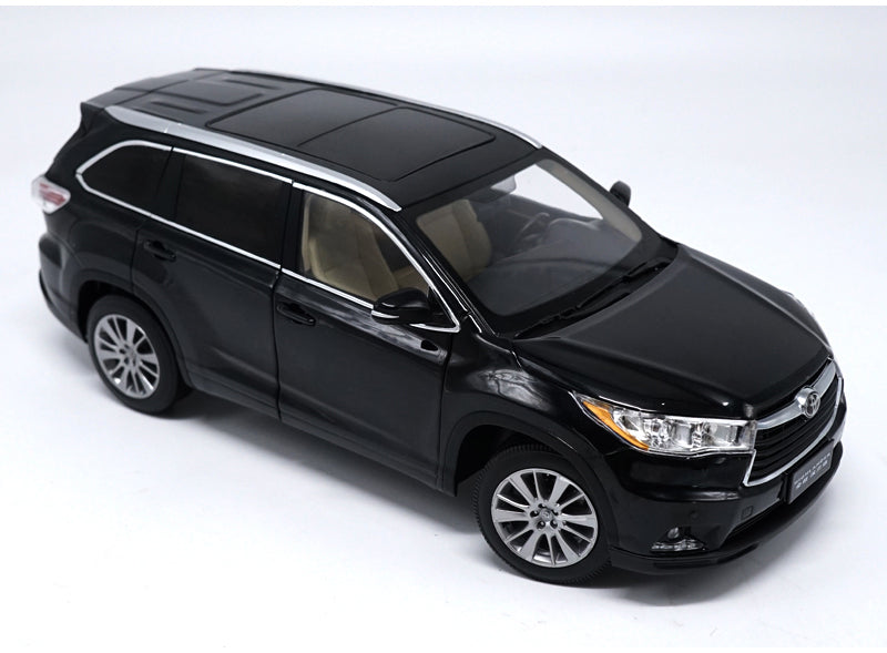 Original factory authentic 1:18 TOYOTA HIGHLAND 2016 diecast SUV car model for collection, gift, toys