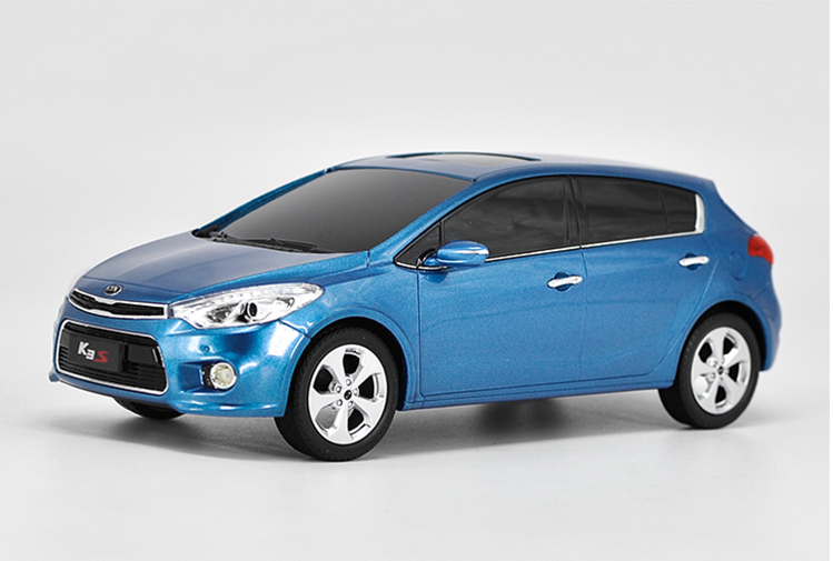 Original Authorized Authentic 1:18 KIA K5S kia K3S high simulation Metal Model Vehicles with bluetooth function toy model for christmas/Birthday gift, collection