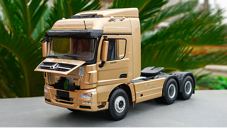 1:24 BEIJING Mercedes-Benz DIECAST MODEL Heavy Truck V3 Tractor Truck for collection