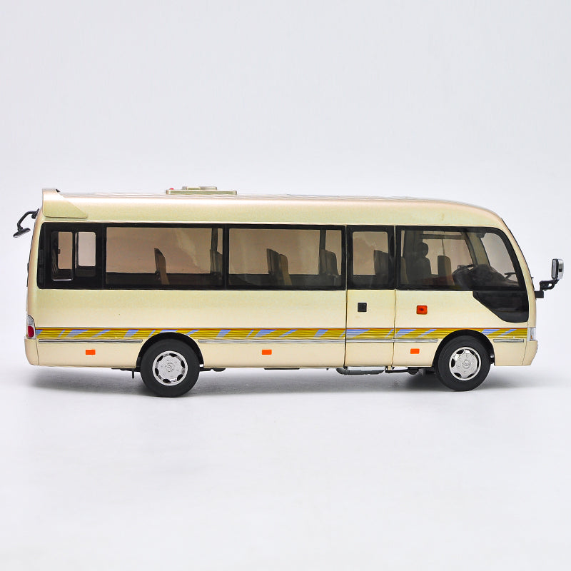 1:24 Scale Die-Cast Golden Dragon Coaster Bus Model with small gift