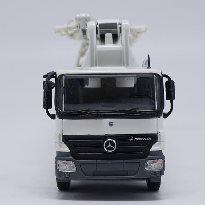 1 50 zoomlion ZLJ Series 52m BENZ Truck Mounted Concrete Pump metal model