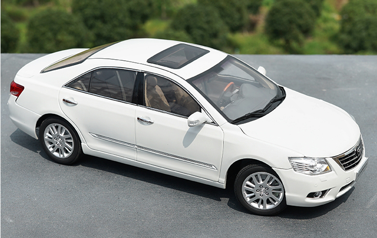 High quality collectiable 1:18 Gac TOYOTA CAMRY 6 Generation 2008 TOYOTA CAMRY diecast car model for Chirstmas/birthday gift