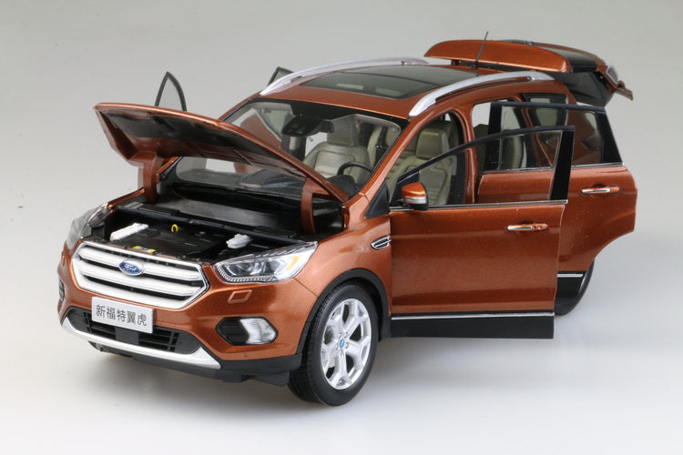 Original factory authentic 1:18 NEW FORD KUGA 2017 version diecast SUV scale CAR model for collection, birthday gift