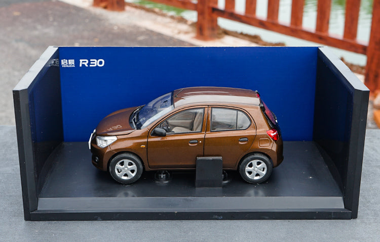 Original factory authentic 1:18 Nissan VENUCIA R30 suv diecast car model with small gift