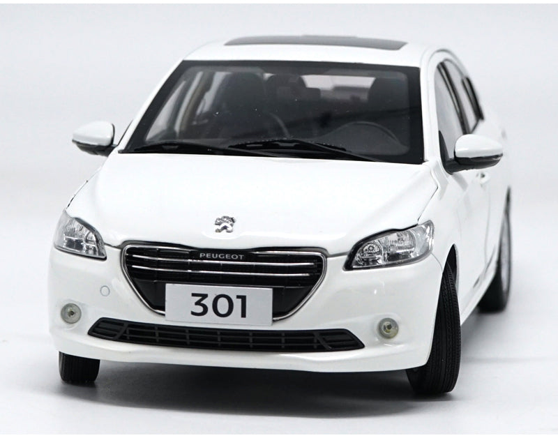 Original factory high quality 1:18 Dongfeng Peugeot 301 scale metal diecast car model for gift, collection