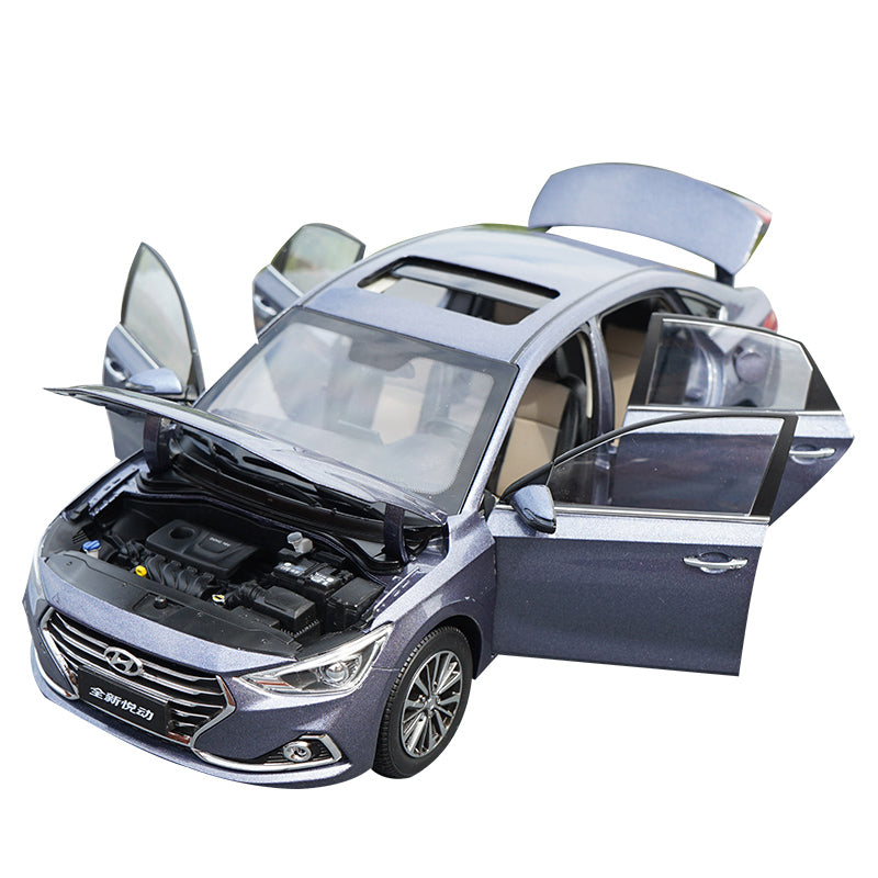 High quality collectiable 1:18 Beijing Hyundai Elantra CELESTA diecast car model for gift, collection