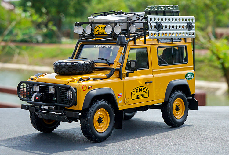 Almost Real 1/18 Land Rover Defender 90 110 CAMEL TROPHY Edition diecast car model with small gift