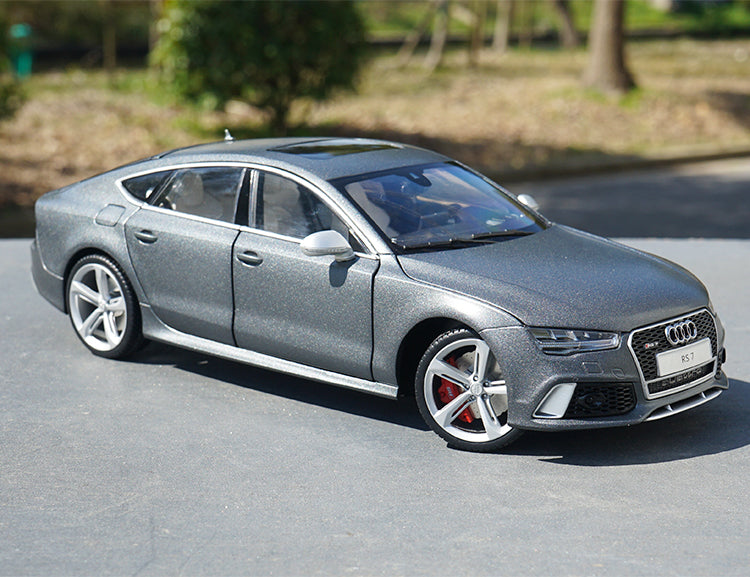 1:18 Scale Audi RS7 Sportback 2016 Metal Diecast Model Car collection Grey