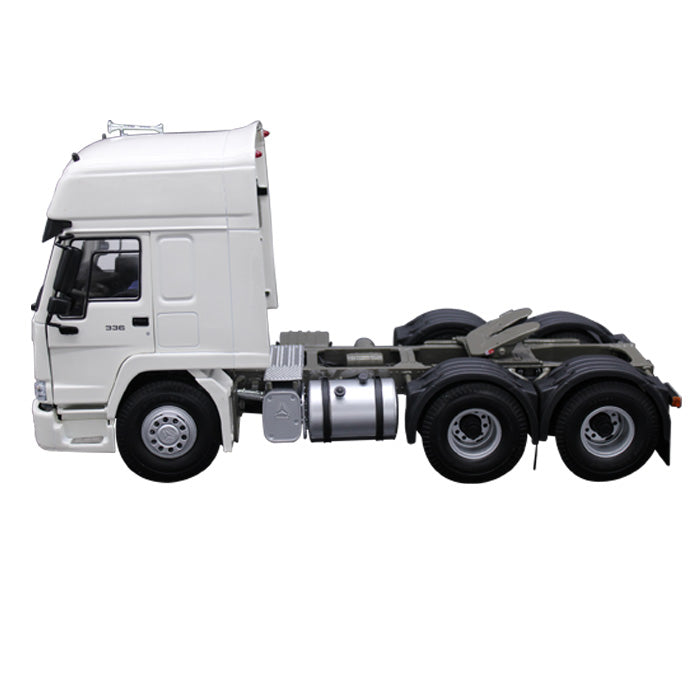 Diecast Sinotruk Howo 336 Tractor Unit Model 1:24 Scale White