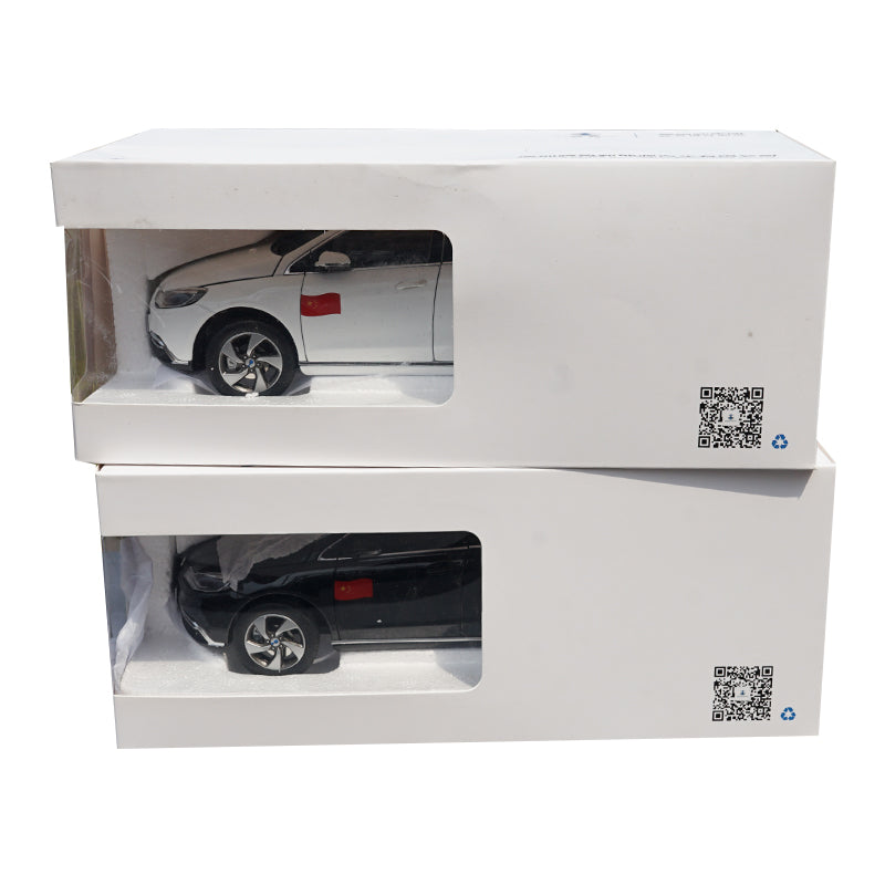 High quality black/white 1:18 BYD Denza 500 Diecast SUV car model For kids toy vehicle