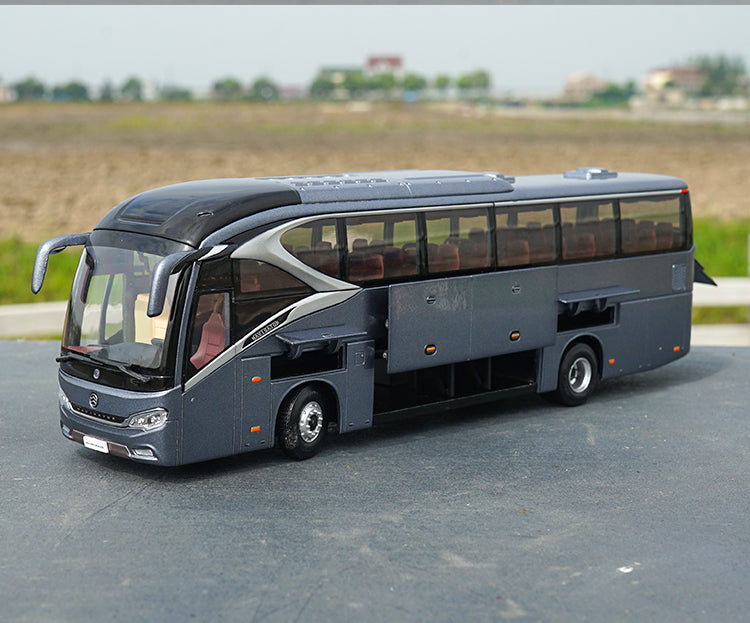 Diecast 1:42 Xiamen Golden Dragon XML6129 Navigator bus model with small gift