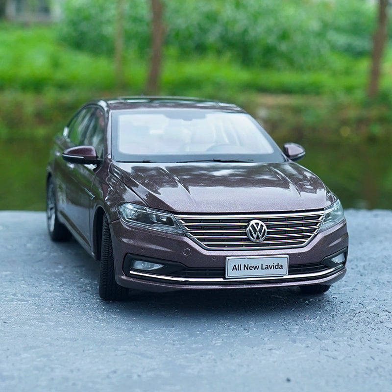 Original factory authentic 1:18 VW 2018 ALL New Lavida Zinc Alloy diecast car model for gift, toys, collection