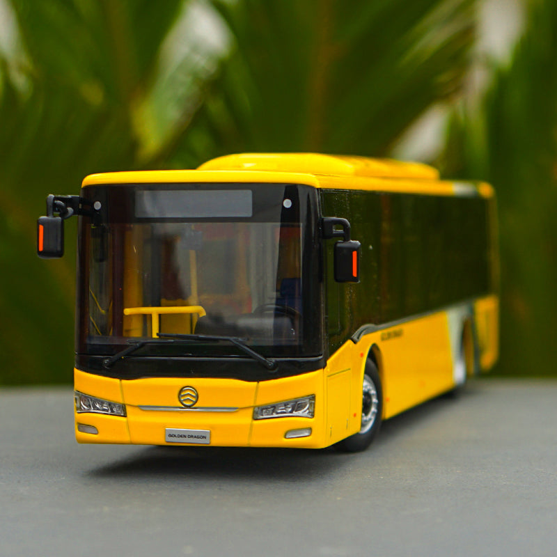 High quality 1:43 Diecast Golden dragon city bus model with small gift