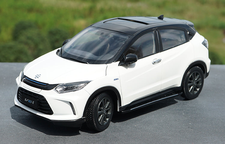 High quality collectiable 1:18 Honda Idea VE-1 new energy diecast white SUV car model for gift, collection
