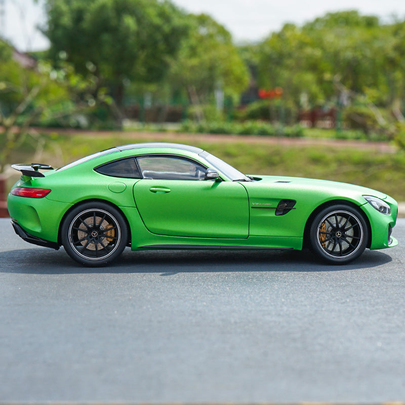 New AUTOart Signature Car Model 1:18 Almost Real Mercedes Benz AMG GT R 2017 with small gift