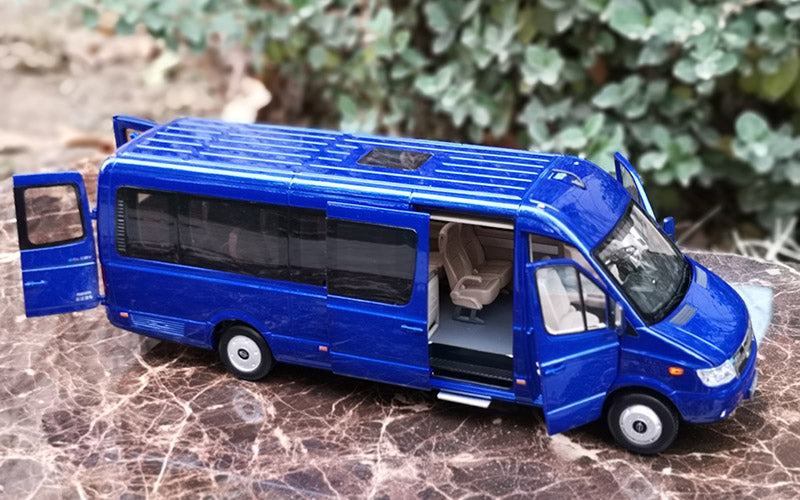 1:24 Diecast Changjiang commercial bus model with lamp